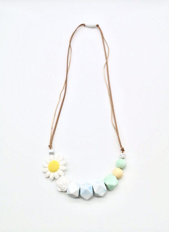 white daisy teething necklace