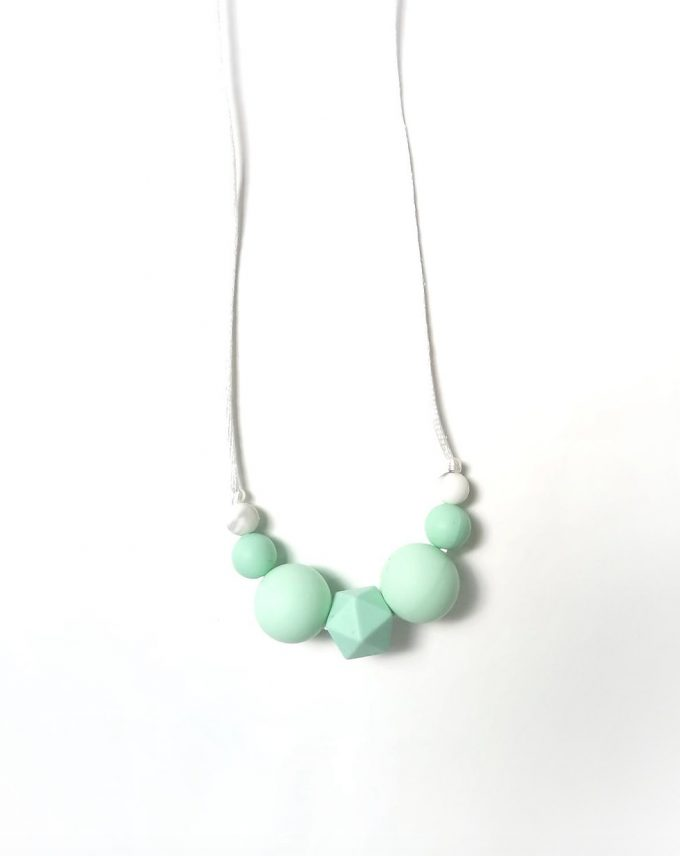 teething necklace -mint