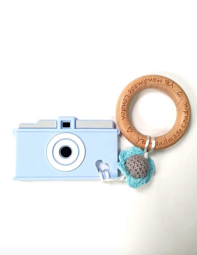 camera teething bracelet - blue