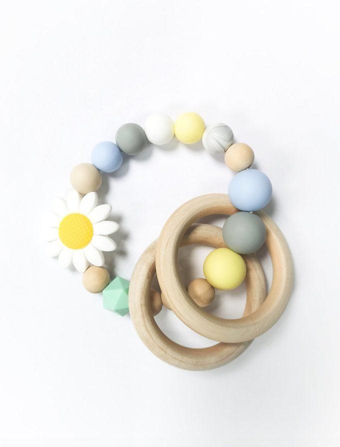 daisy teething ring